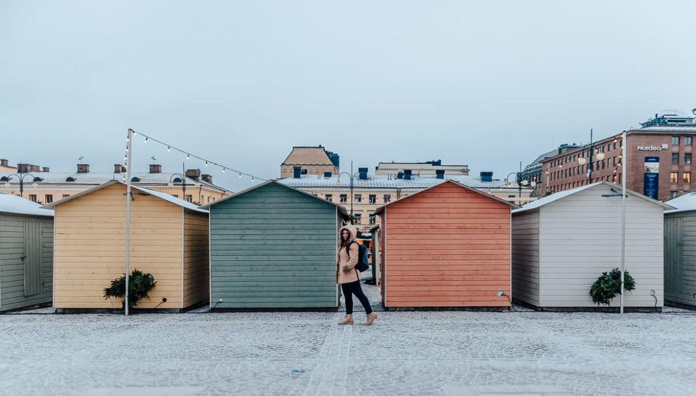 Casas coloridas do Mercado de Natal de Helsinki