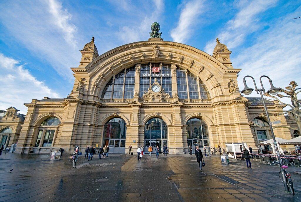 Como chegar ao centro de Frankfurt: Estação central Hauptbanhof