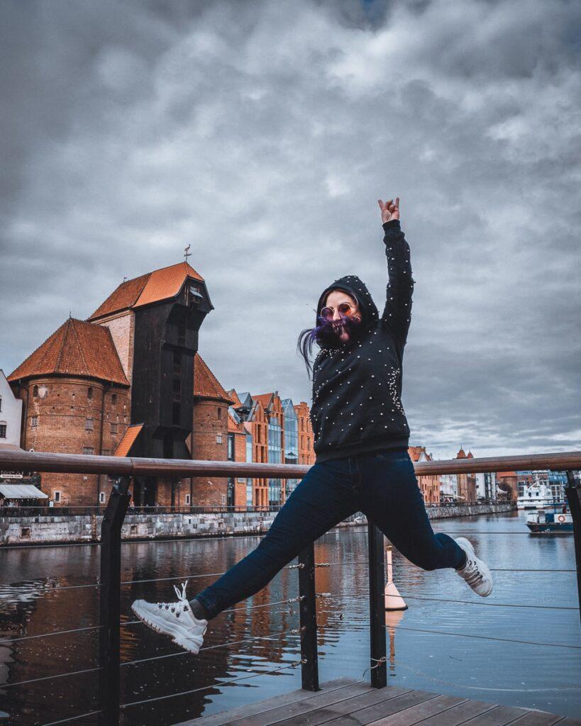 The Crane, A Grua da idade média, é uma das principais atrações de Gdansk e fica às margens do Rio Motlawa